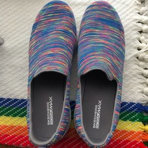 🌈Skechers multi colored GogaMax slip ons🌈